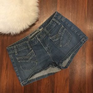 American Eagle Live Your Life Front Pocket Shorts